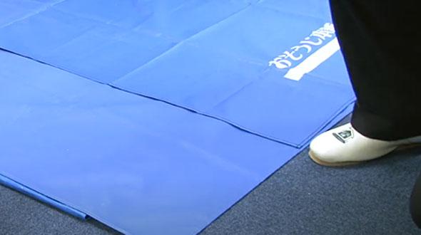 床を濡らさないオリジナル防水シート