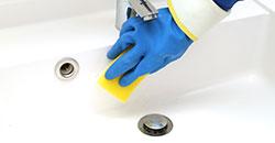 洗面ボウル・蛇口に付いた水アカや汚れをお掃除します。